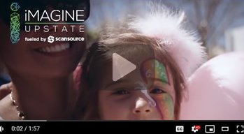 Image of girl and mother on the street at iMAGINE festival